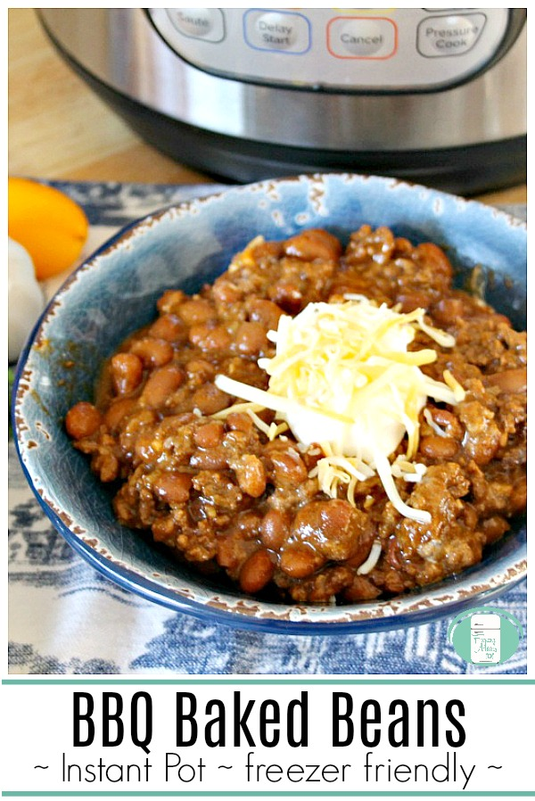 Instant Pot BBQ Baked Beans that are freezer friendly #freezermeals101 #beans #easyfamilymeals